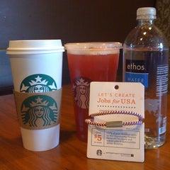 Photo taken at Starbucks by Kimy Z. on 3/9/2012