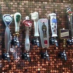 Photo taken at Flying Saucer Draught Emporium by John V. on 9/2/2012