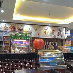 Photo taken at Restoran Al-Rafi Bistro by Andy B. on 9/7/2011
