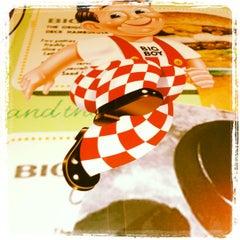 Photo taken at Bob's Big Boy Restaurant by Nicole R. on 7/31/2012