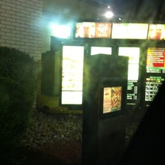 Photo taken at Wendys by Stephen C. on 8/7/2011