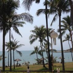 Photo taken at ระยอง รีสอร์ท (Rayong Resort) by Pen-apa B. on 2/26/2012