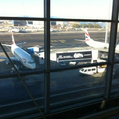 Photo taken at SAA Business Class Lounge - Domestic by Alan M. on 7/19/2012