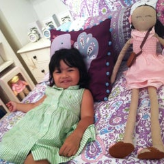 Photo taken at Pottery Barn Kids by Chuck F. on 8/12/2012