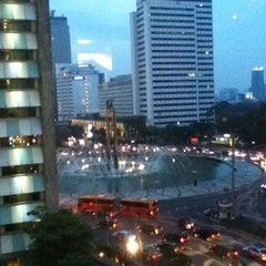 Photo taken at Gramedia by Bayu Dwi S. on 5/20/2012