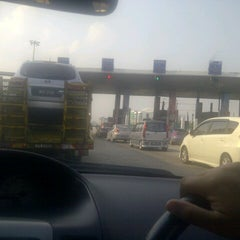 Photo taken at Plaza Tol Sungai Besi by Y a t i E S. on 9/2/2012