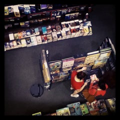 Photo taken at Barnes & Noble by Chris M. on 8/14/2012
