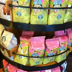 Photo taken at Starbucks (สตาร์บัคส์) by Macky P. on 7/6/2012