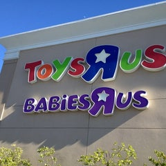 "Photo taken at Toys""R""Us / Babies""R""Us by Pedro P. on 6/27/2012"