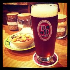 Photo taken at Baird Beer 中目黒タップルーム Nakameguro Taproom by eijitom on 8/1/2012