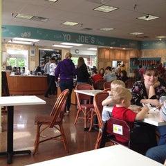 Photo taken at Yo-Joe's Frozen Yogurt & Coffee Shoppe by Ashley H. on 5/6/2012