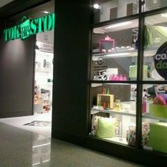 Photo taken at Tok&Stok by Sonia T. on 7/25/2012