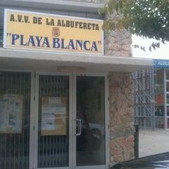 Photo taken at AAVV Playa Blanca Albufereta by Gente d. on 4/12/2012