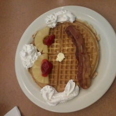Photo taken at The Golden Nugget Pancake House by Patrick L. on 6/16/2012