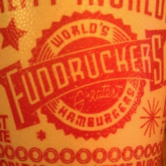 Photo taken at Fuddruckers by Allen A. on 8/4/2012