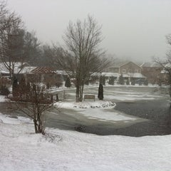 Photo taken at Village Inn of Blowing Rock by Lynn F. on 1/3/2012