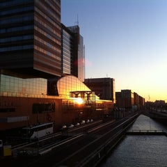 Photo taken at Mövenpick Hotel Amsterdam City Centre by Tobias N. S. on 1/20/2011