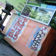 Photo taken at Lesehan mbak tsani by dimas h. on 4/9/2012
