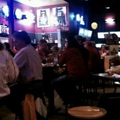 Photo taken at Buffalo Wild Wings by Brian C. on 11/26/2011