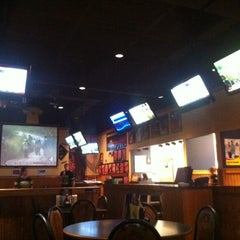 Photo taken at Buffalo Wild Wings by Yazeed A. on 7/2/2012