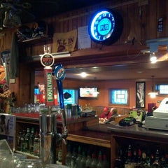 Photo taken at Yankee Clipper by Royce M. on 1/20/2012