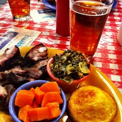 Photo taken at Memphis Minnie's BBQ by Breezy M. on 4/5/2012