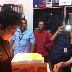 Photo taken at Kelompok Agromedia office by Dyan D. on 9/5/2012
