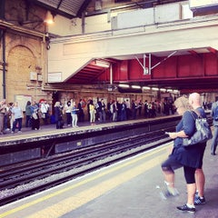 Photo taken at Paddington London Underground Station (District, Circle and Bakerloo lines) by Katz U. on 9/4/2012