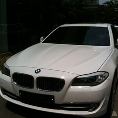 Photo taken at BMW 코오롱모터스 삼성전시장 by Jieun P. on 5/26/2012