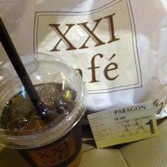 Photo taken at Paragon XXI by Ayie H. on 3/26/2012