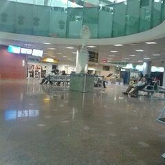 Photo taken at Aeroporto Internacional de Maceió / Zumbi dos Palmares (MCZ) by Líbero R. on 9/3/2012
