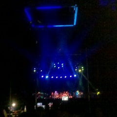 Photo taken at Mohegan Sun Arena at Casey Plaza by Robby G. on 11/5/2011