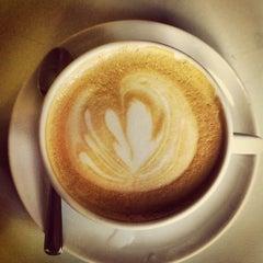 Photo taken at Café do Mercado by Felipe B. on 8/11/2012