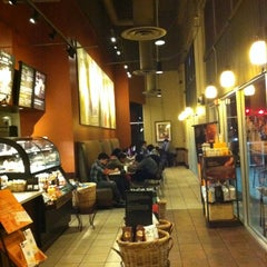 Photo taken at Starbucks by Lindsey S. on 2/8/2012