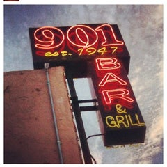 Photo taken at 901 Bar & Grill by Joe L. on 8/11/2012