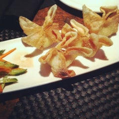 Photo taken at P.F. Chang's by Kimmy P. on 12/30/2011