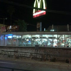 Photo taken at McDonald's by Pablo A. on 10/10/2011
