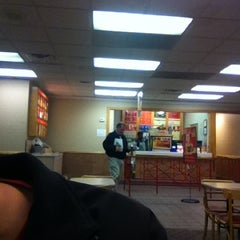 Photo taken at Wendy's by Hootie W. on 11/20/2011