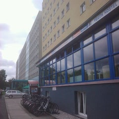 Photo taken at A&O Hotel & Hostel Dresden by Mauricio J. on 9/9/2011