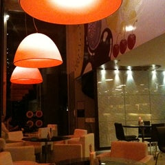 Photo taken at Alessa Gelato e Caffe by Daniel M. on 3/17/2011