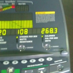 Photo taken at 24 Hour Fitness by Hazen on 11/6/2011