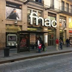 Photo taken at Fnac by ekaphap d. on 4/16/2011