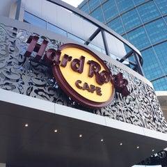 Photo taken at Hard Rock Café | هارد روك كافيه by Ali A. on 11/17/2011