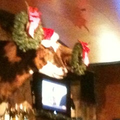 Photo taken at LongHorn Steakhouse by Liz H. on 12/22/2011