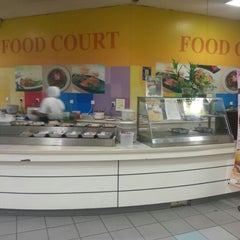 Photo taken at Arena Food Court by Anuar A. on 8/26/2012