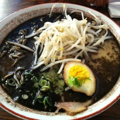 Photo taken at Maru Ichi Japanese Noodle House by Kristin B. on 8/1/2011