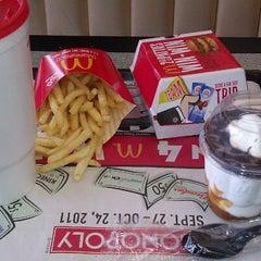 Photo taken at McDonald's by Edward S. on 10/18/2011