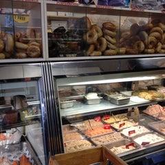 Photo taken at Gotta Getta Bagel by Robert S. on 12/17/2011