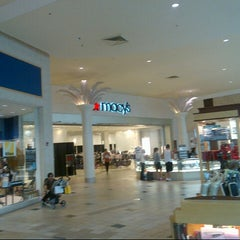 Photo taken at Macy's by Arman on 8/27/2012