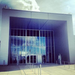 Photo taken at Future of Flight Aviation Center & Boeing Tour by Momo W. on 5/28/2012